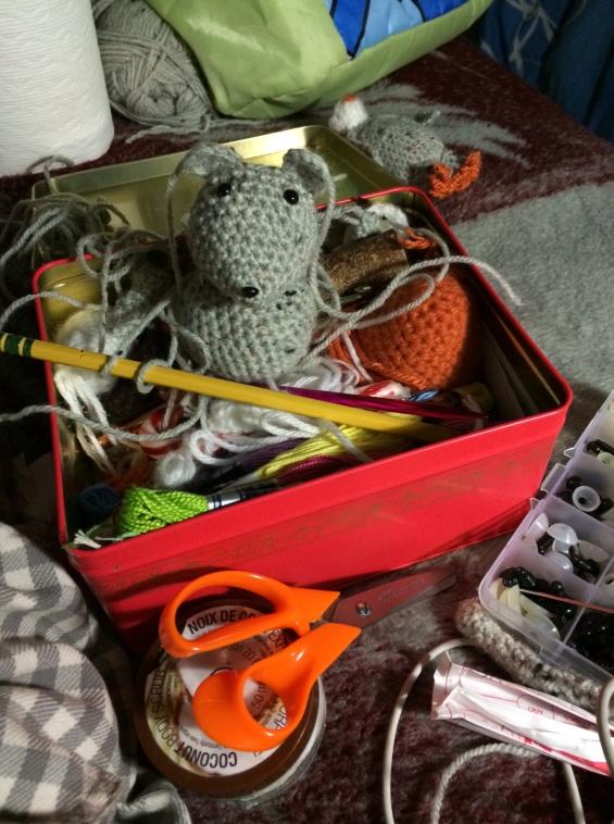 Ratoncito crochet en proceso