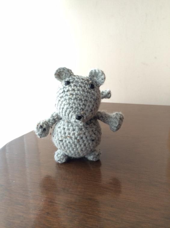 Ratoncito crochet.